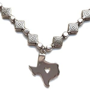 Texas Heart Pendant Necklace NWT